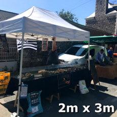 Stand de marché blanc 2x3m Gamme Acier Premium normalisé anti-feu M2