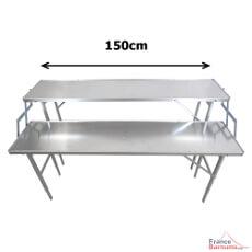 Notre table présentoir mesure 1,50m de long