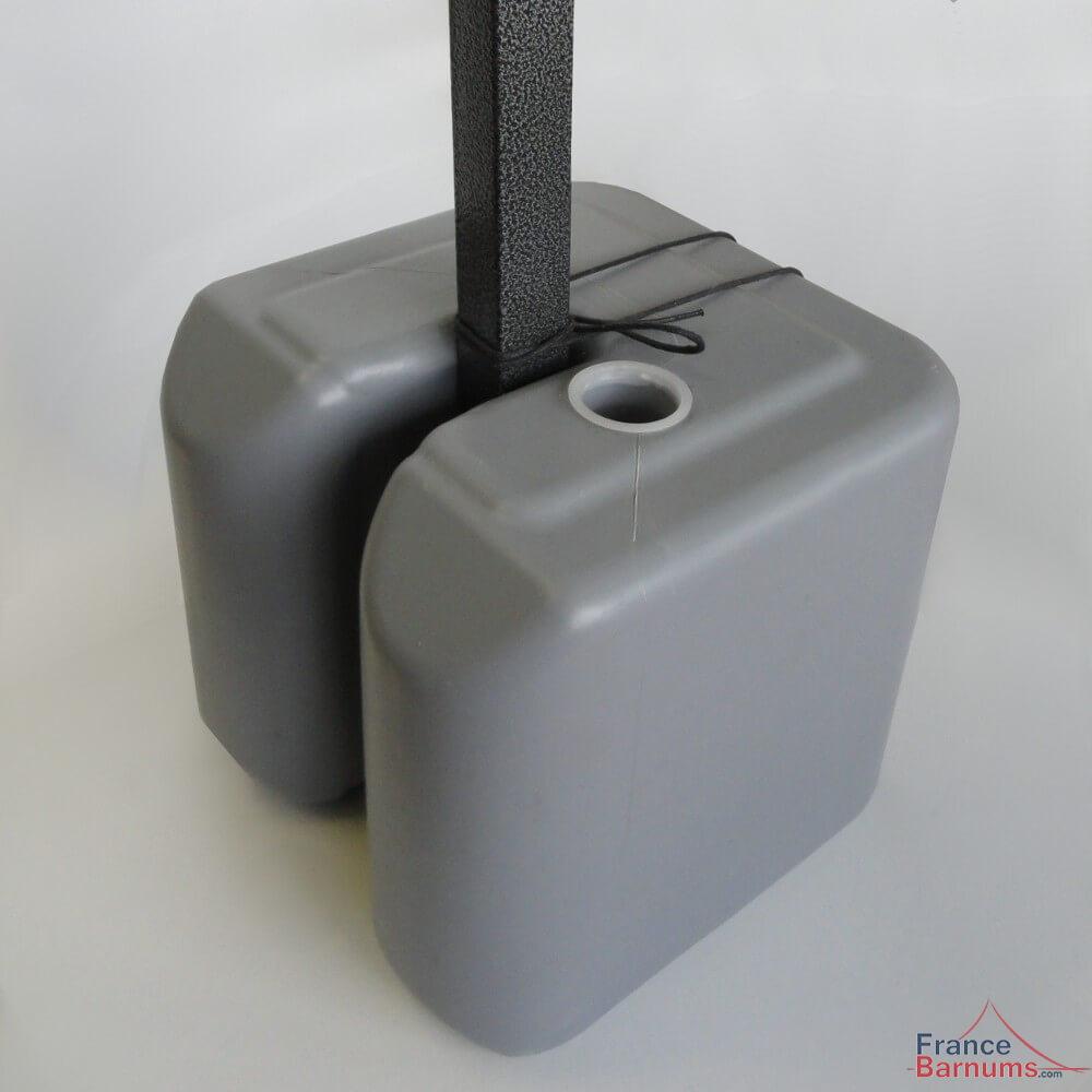 Lest poids en plastique à remplir avec attache pour barnum pliant francebarnums.com