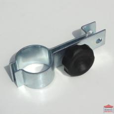 Connecteur pour fixer la barre de maintien de la demi-paroi au pied d'une tonnelle Pro 55 M2