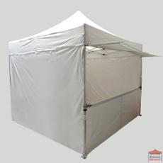 Notre avancée de toit de tente pliante est idéale pour augmenter la surface abritée de votre stand, identifier une entrée ou un point de vente...