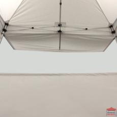 Simple et pratique, notre auvent de tente pliante se place rapidement et facilement sans outils.