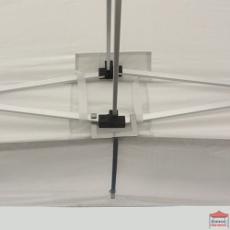 Barre de fixation avec crochets de maintien pour fixer la casquette extension soleil à la structure de votre barnum pliant au niveau du croisement des barres de cisaillement