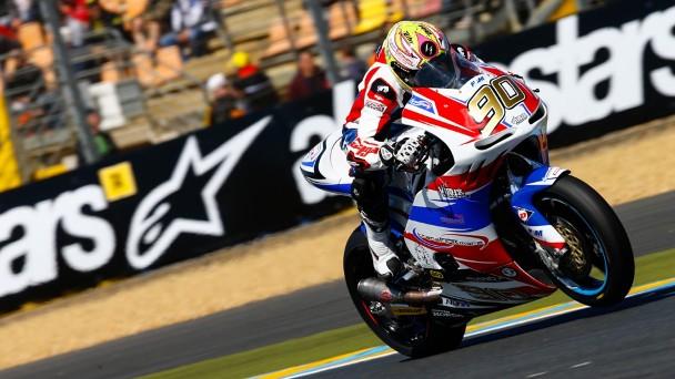 Lucas Mahias au guidon de la moto française Transfiormers